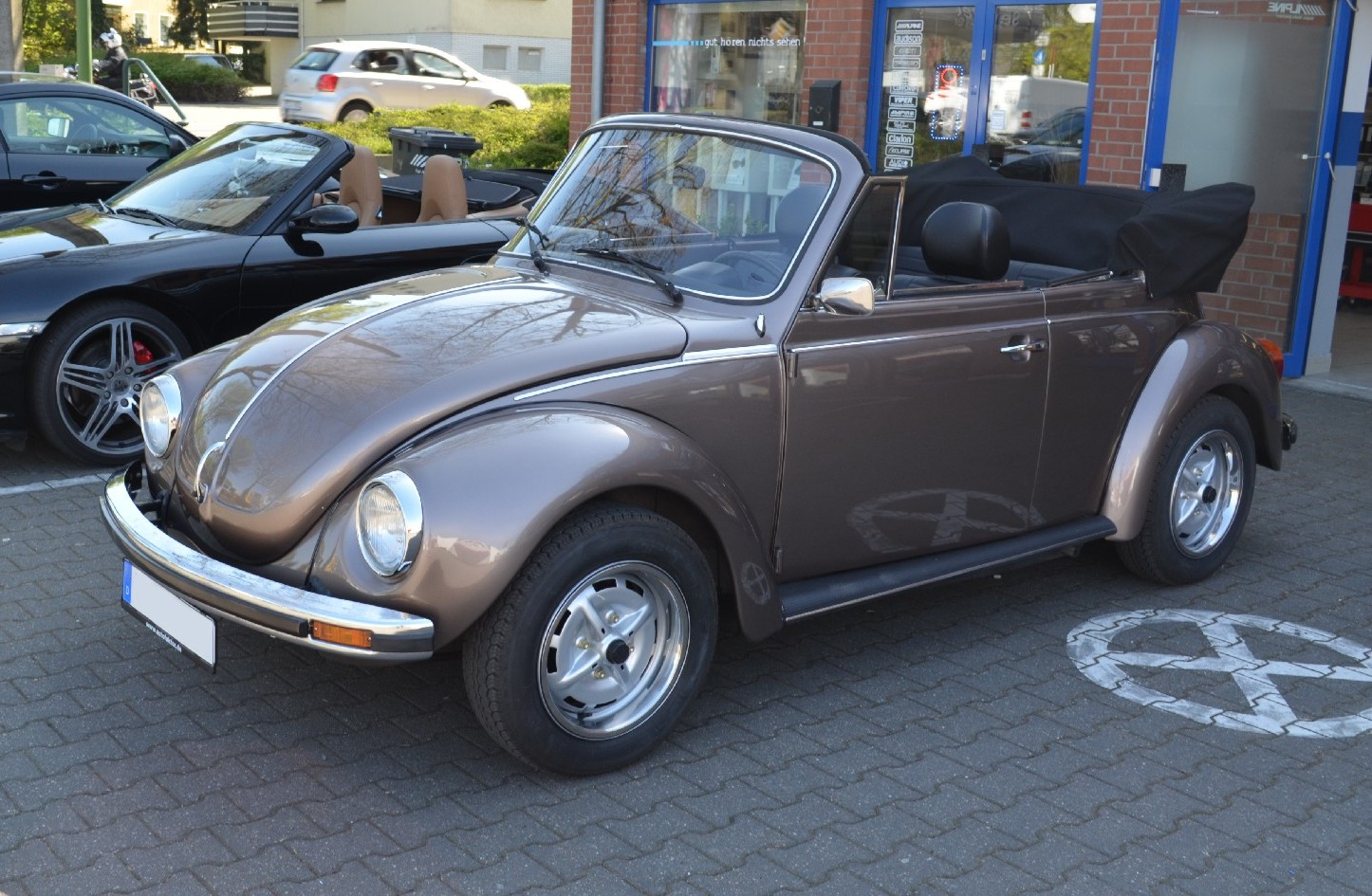 VW Kaefer Cabrio Auto